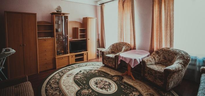 2 – кімнатний номер